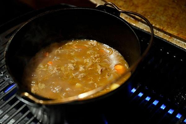 じっくり煮込んだカレーにも野菜の旨みがギュッと詰まっています!