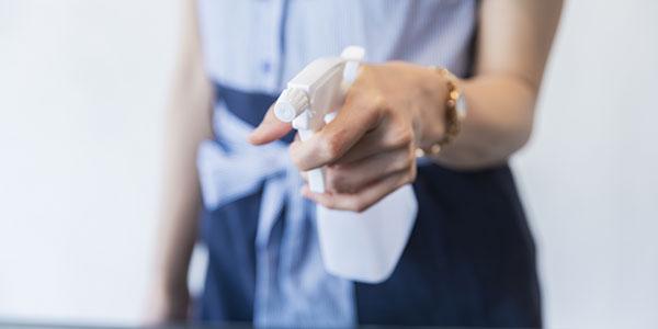 アルコール除菌水による清掃と拭上